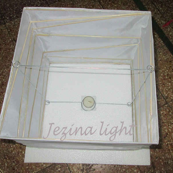 1 lampion apung kotak tampak dalam